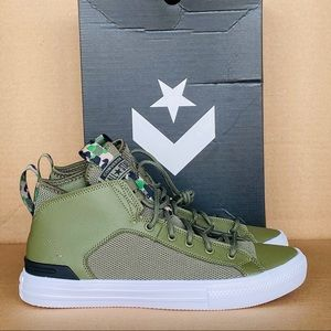 Converse CTAS Ultra Mid Men's Shoes